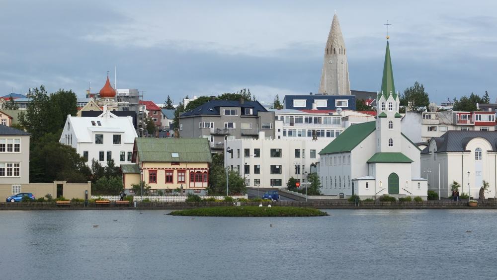 Iceland 000-827